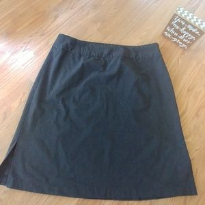 Old Navy Charcoal Skirt with Side Slits. Size 18